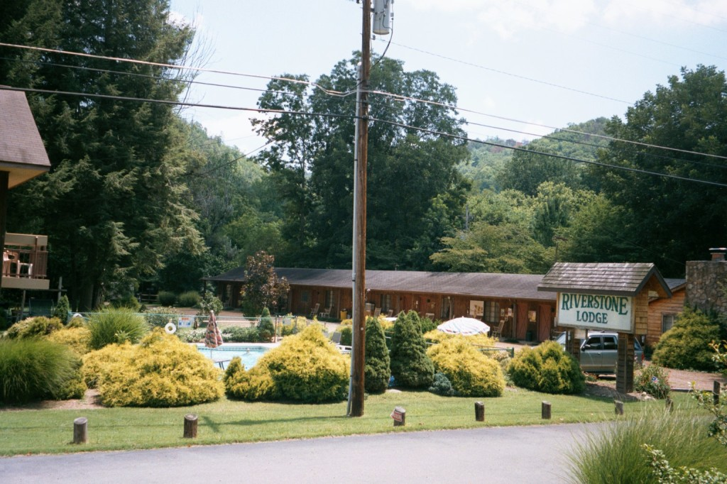 Riverstone Lodge Townsend Tn Hotels Amp Lodging