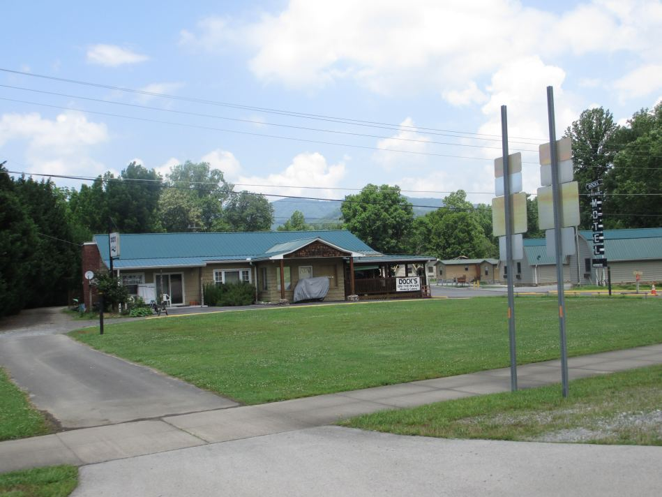 Dock S Motel Amp Cabins Townsend Tn Hotels Amp Cabin Rentals